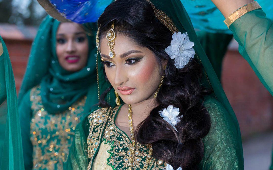 Bangladeshi Mehndi: Asian Wedding Photography in Berkshire, Maidenhead